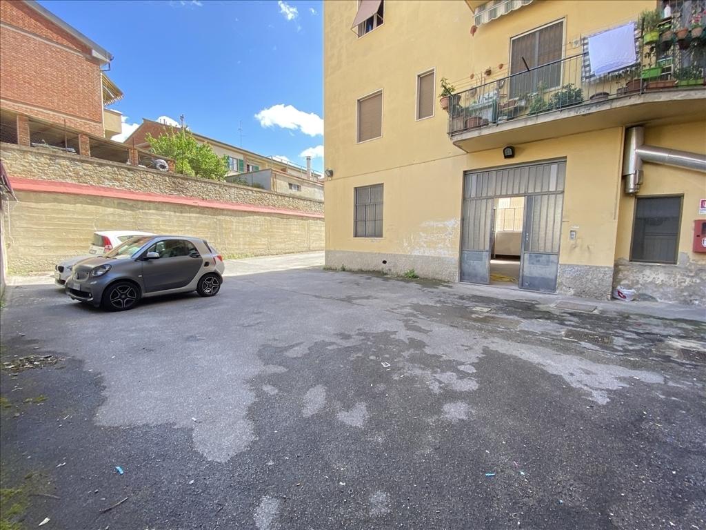 Capannone / Magazzino in affitto a Firenze zona Isolotto - immagine 11