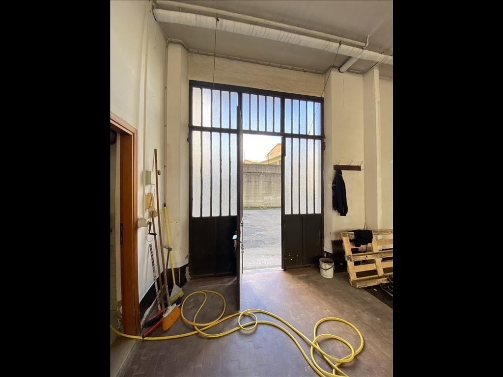 Capannone / Magazzino in affitto a Firenze zona Isolotto - immagine 14