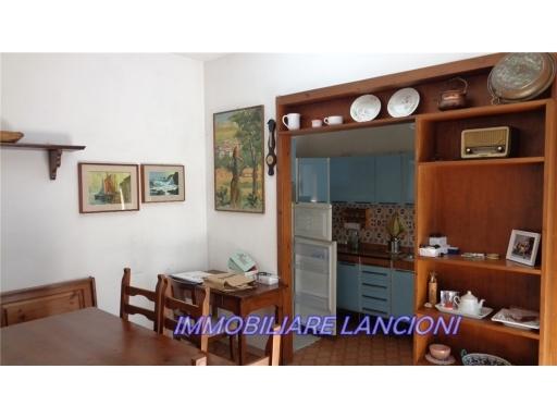 Appartamento in vendita a Scandicci, 4 locali, zona Località: CENTRO, prezzo € 275.000 | CambioCasa.it