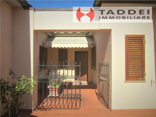 Appartamento in vendita a San Casciano in Val di Pesa, 3 locali, zona Località: LA ROMOLA, prezzo € 190.000   PortaleAgenzieImmobiliari.it