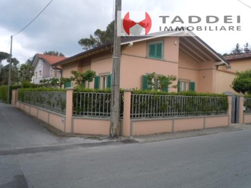 Villa in vendita a Pietrasanta, 7 locali, zona Località: TONFANO, prezzo € 1.100.000 | PortaleAgenzieImmobiliari.it