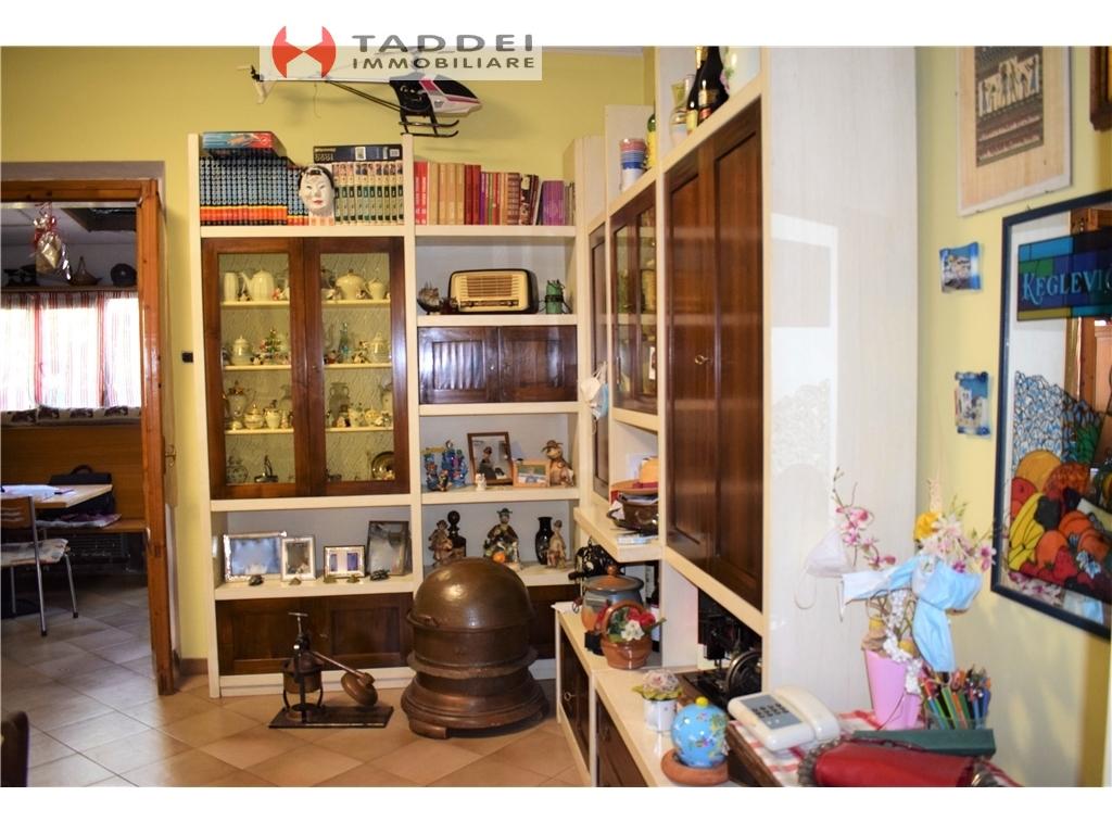Villa / Villetta / Terratetto in vendita a Scandicci zona Casellina - immagine 11