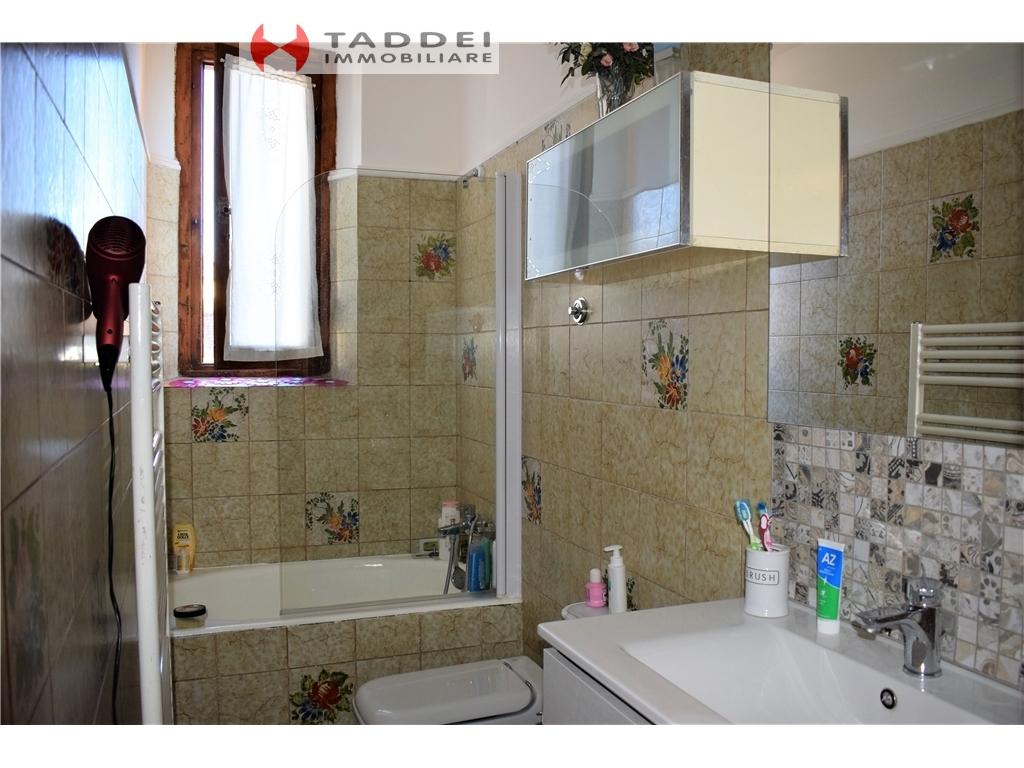 Villa / Villetta / Terratetto in vendita a Scandicci zona Casellina - immagine 32