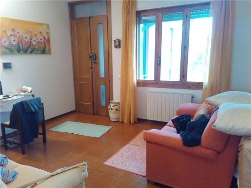 Appartamento in vendita a Vinci, 5 locali, zona Località: VINCI, prezzo € 194.000 | CambioCasa.it