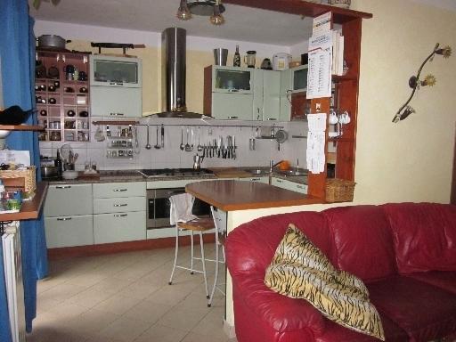 Appartamento in vendita a Capraia e Limite, 4 locali, zona Località: LIMITE SULL'ARNO, prezzo € 190.000   CambioCasa.it