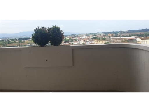 Appartamento in vendita a San Miniato, 4 locali, zona Località: PONTE A ELSA, prezzo € 175.000 | PortaleAgenzieImmobiliari.it