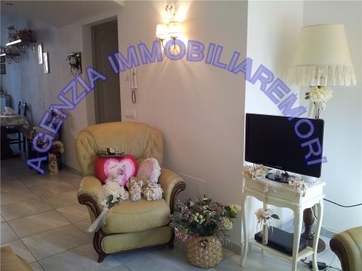 Appartamento in vendita a Empoli, 4 locali, zona Località: PONZANO, prezzo € 168.000 | Cambio Casa.it