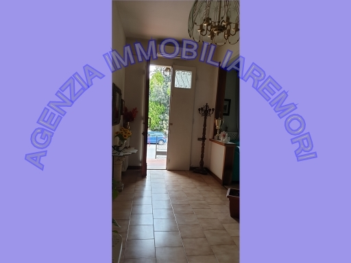 Appartamento in vendita a Vinci, 5 locali, zona Località: SPICCHIO, prezzo € 200.000   CambioCasa.it