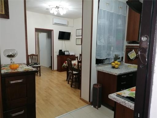 Duplex in vendita a Empoli, 4 locali, zona Località: CENTRO, prezzo € 170.000 | CambioCasa.it