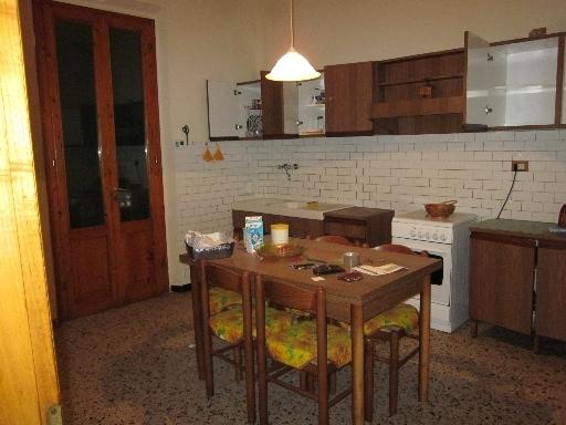 Villa in vendita a Montespertoli, 4 locali, zona Località: MONTESPERTOLI, prezzo € 270.000 | Cambio Casa.it