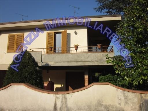 Villa in vendita a Fucecchio, 7 locali, zona Località: FUCECCHIO, prezzo € 340.000 | Cambio Casa.it