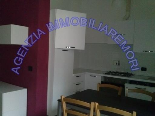Villa in vendita a Empoli, 14 locali, zona Località: CENTRO, prezzo € 500.000 | CambioCasa.it
