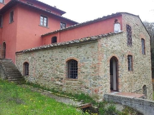 Rustico / Casale in vendita a Vinci, 25 locali, zona Località: SANT' ANSANO, Trattative riservate | CambioCasa.it