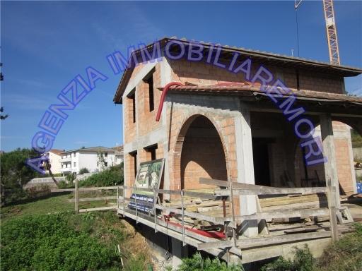 Rustico / Casale in Vendita a Montopoli in Val d'Arno