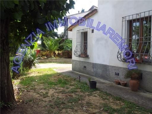 Rustico / Casale in vendita a Empoli, 6 locali, zona Località: CARRAIA, prezzo € 380.000 | Cambio Casa.it