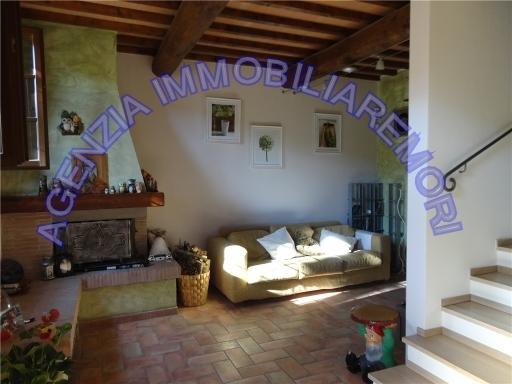 Rustico / Casale in vendita a Empoli, 4 locali, zona Località: EMPOLI OVEST, prezzo € 250.000 | Cambio Casa.it