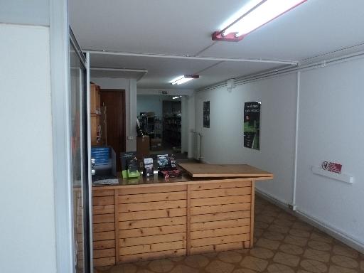 Laboratorio in affitto a Empoli, 2 locali, zona Località: CARRAIA, prezzo € 1.300 | Cambio Casa.it
