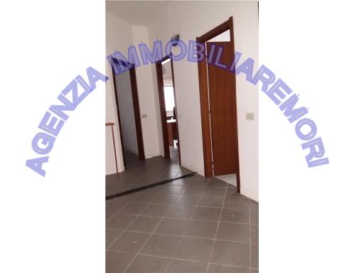 FONDO / NEGOZIO appartamento uso ufficio in  affitto a CARRAIA - EMPOLI (FI)