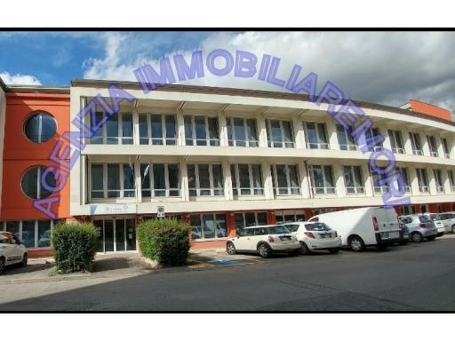 Ufficio / Studio in affitto a Empoli, 2 locali, zona Località: EMPOLI EST, prezzo € 950 | CambioCasa.it