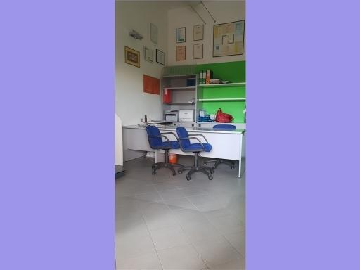 Laboratorio in vendita a Empoli, 3 locali, zona Località: CENTRO, prezzo € 95.000 | CambioCasa.it