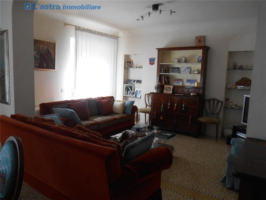 Appartamento in affitto a Carmignano zona Carmignano - immagine 4