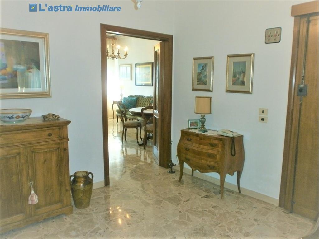 Appartamento in vendita a Scandicci zona Centro - immagine 3