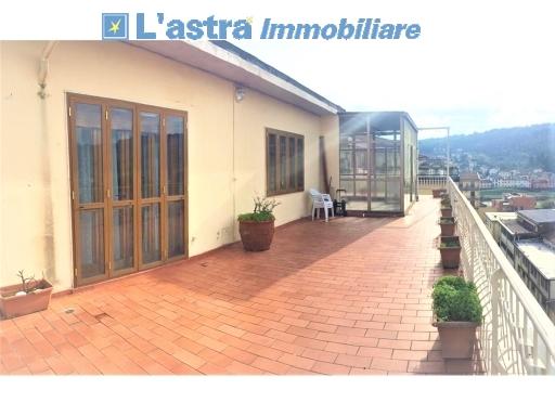 Attico / Mansarda in vendita a Signa, 4 locali, zona Località: STAZIONE, prezzo € 195.000 | PortaleAgenzieImmobiliari.it
