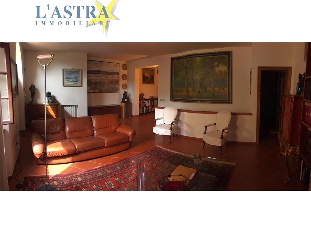 Appartamento in affitto a Carmignano zona Carmignano - immagine 3