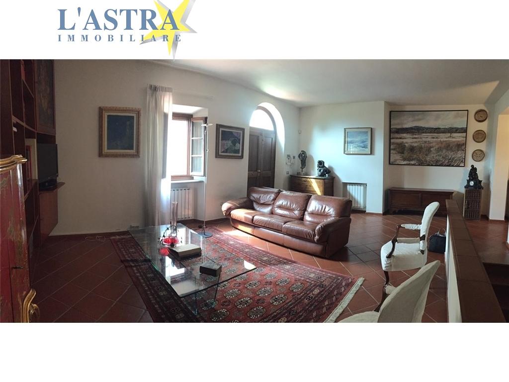 Appartamento in affitto a Carmignano zona Carmignano - immagine 5