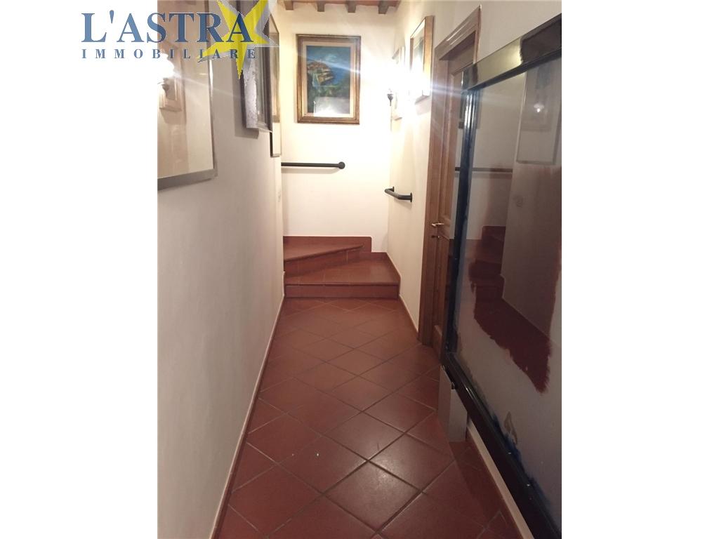 Appartamento in affitto a Carmignano zona Carmignano - immagine 13