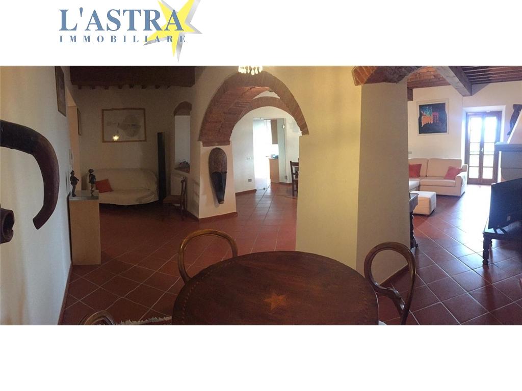 Appartamento in affitto a Carmignano zona Carmignano - immagine 17