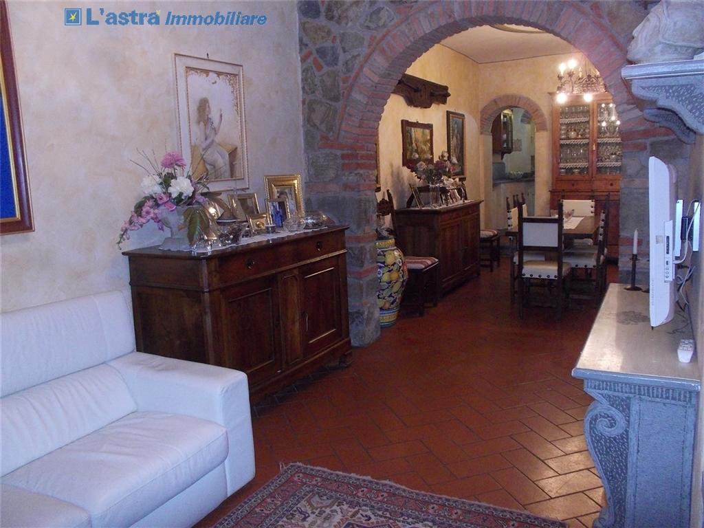 Villa / Villetta / Terratetto in vendita a Lastra a signa zona Santa lucia - immagine 4