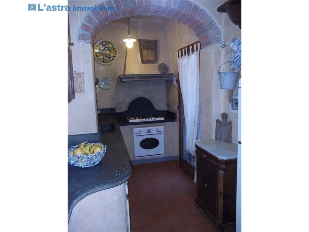 Villa / Villetta / Terratetto in vendita a Lastra a signa zona Santa lucia - immagine 9