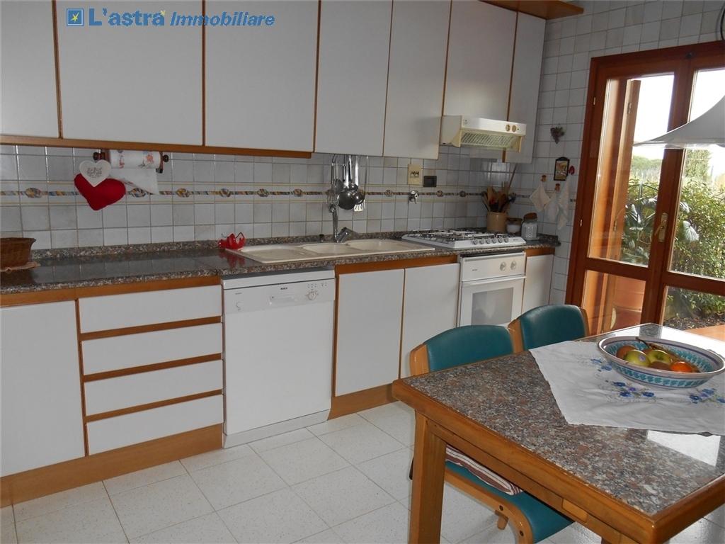 Villa / Villetta / Terratetto in vendita a Scandicci zona Rinaldi - immagine 7