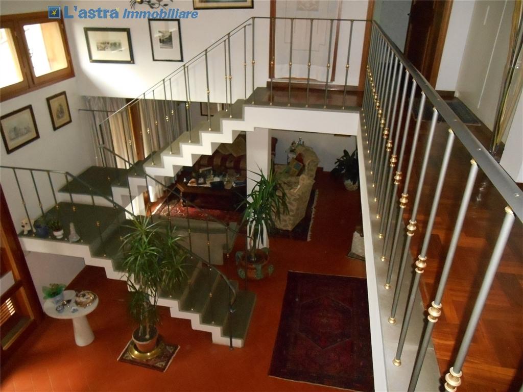Villa / Villetta / Terratetto in vendita a Scandicci zona Rinaldi - immagine 8