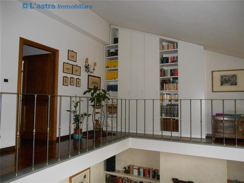 Villa / Villetta / Terratetto in vendita a Scandicci zona Rinaldi - immagine 10