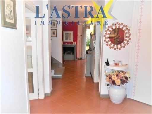 Villa / Villetta / Terratetto in vendita a Lastra a signa zona Marliano - immagine 3