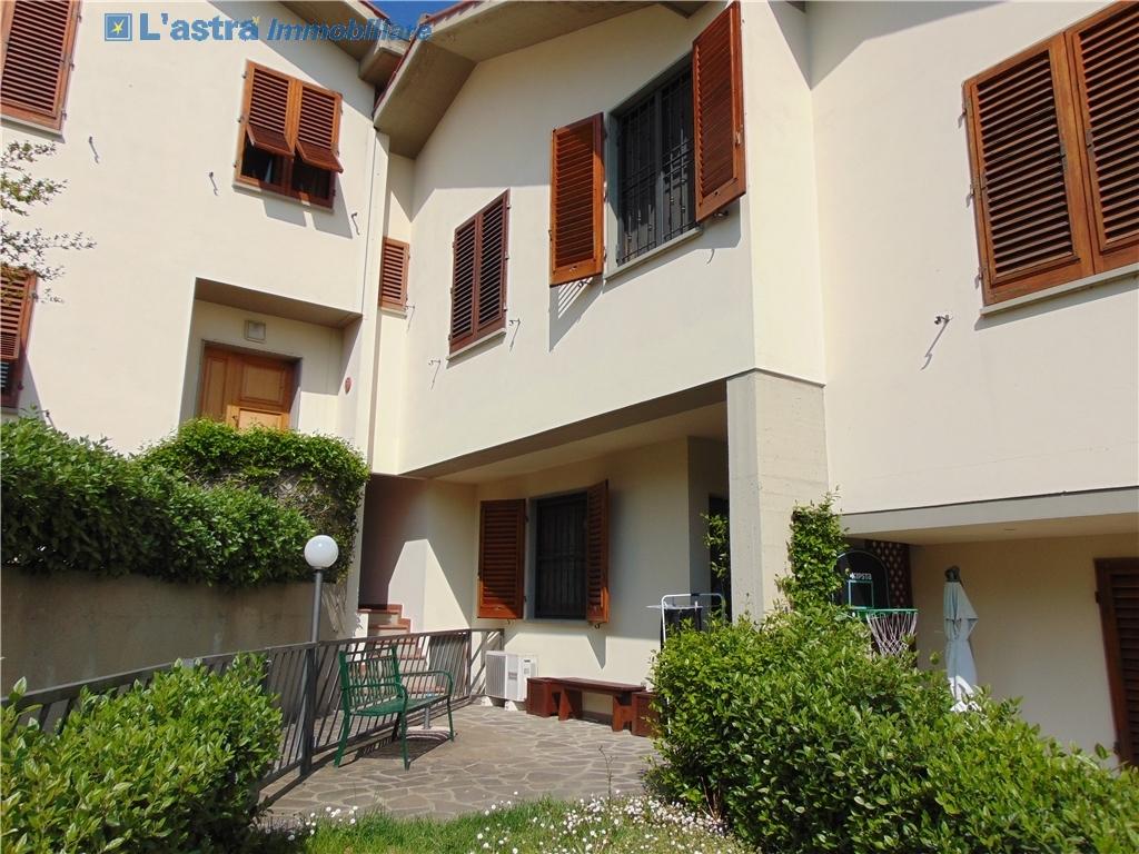 Villa / Villetta / Terratetto in vendita a Lastra a signa zona Lastra a signa - immagine 2