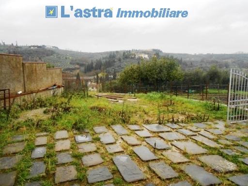 Villa / Villetta / Terratetto in vendita a Lastra a signa zona Carcheri - immagine 3