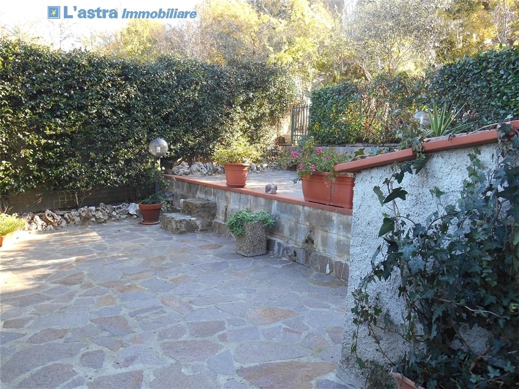 Villa / Villetta / Terratetto in vendita a Lastra a signa zona La lisca - immagine 9