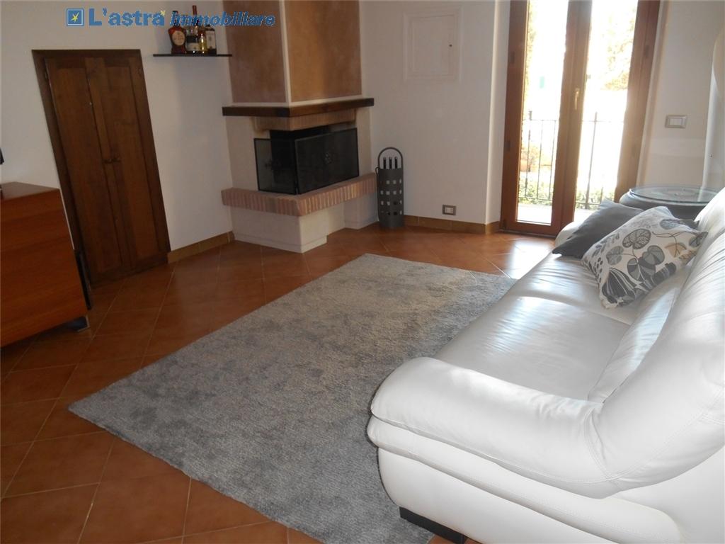 Villa / Villetta / Terratetto in vendita a Signa zona Castello - immagine 4