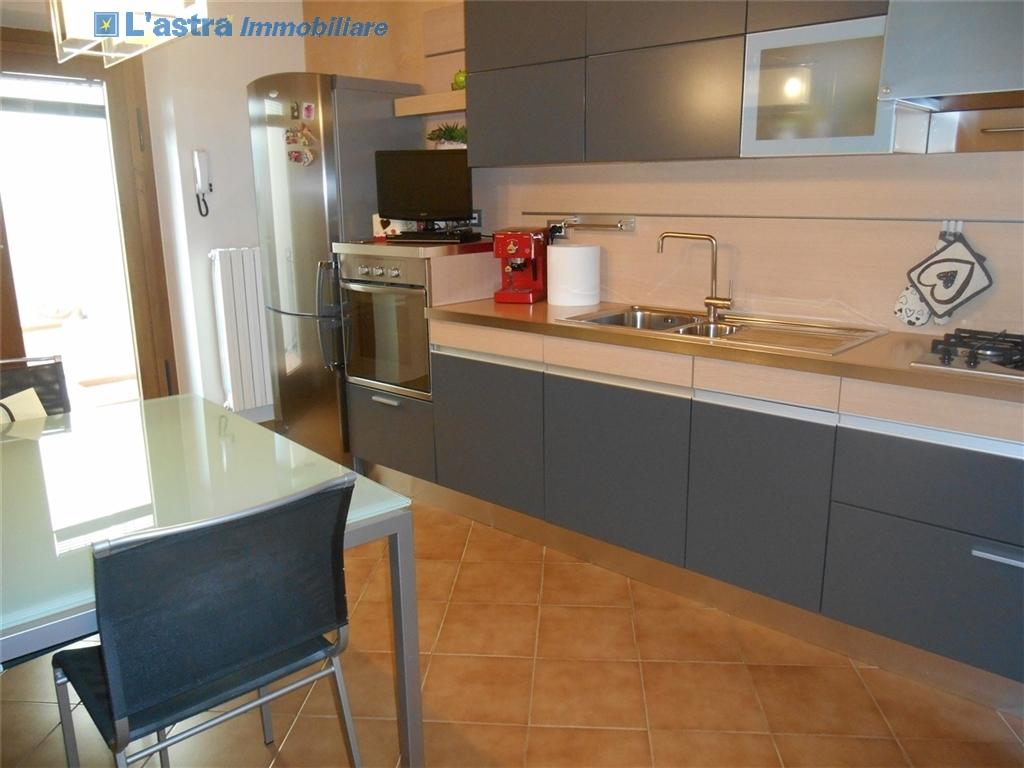 Villa / Villetta / Terratetto in vendita a Signa zona Castello - immagine 5