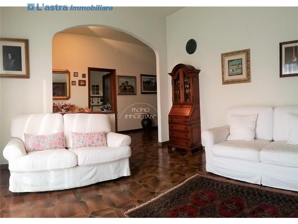 Villa / Villetta / Terratetto in vendita a Campi bisenzio zona San martino - immagine 3