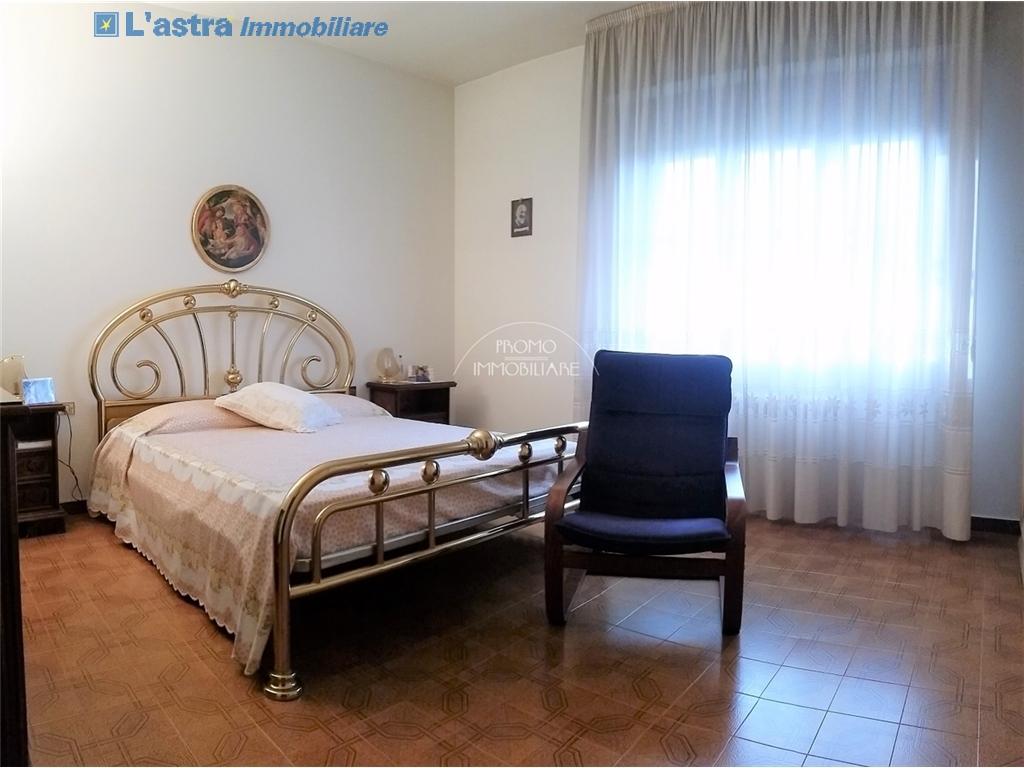 Villa / Villetta / Terratetto in vendita a Campi bisenzio zona San martino - immagine 10