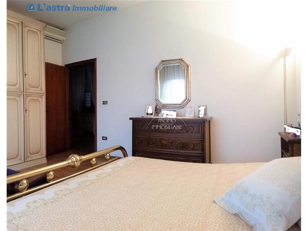 Villa / Villetta / Terratetto in vendita a Campi bisenzio zona San martino - immagine 11