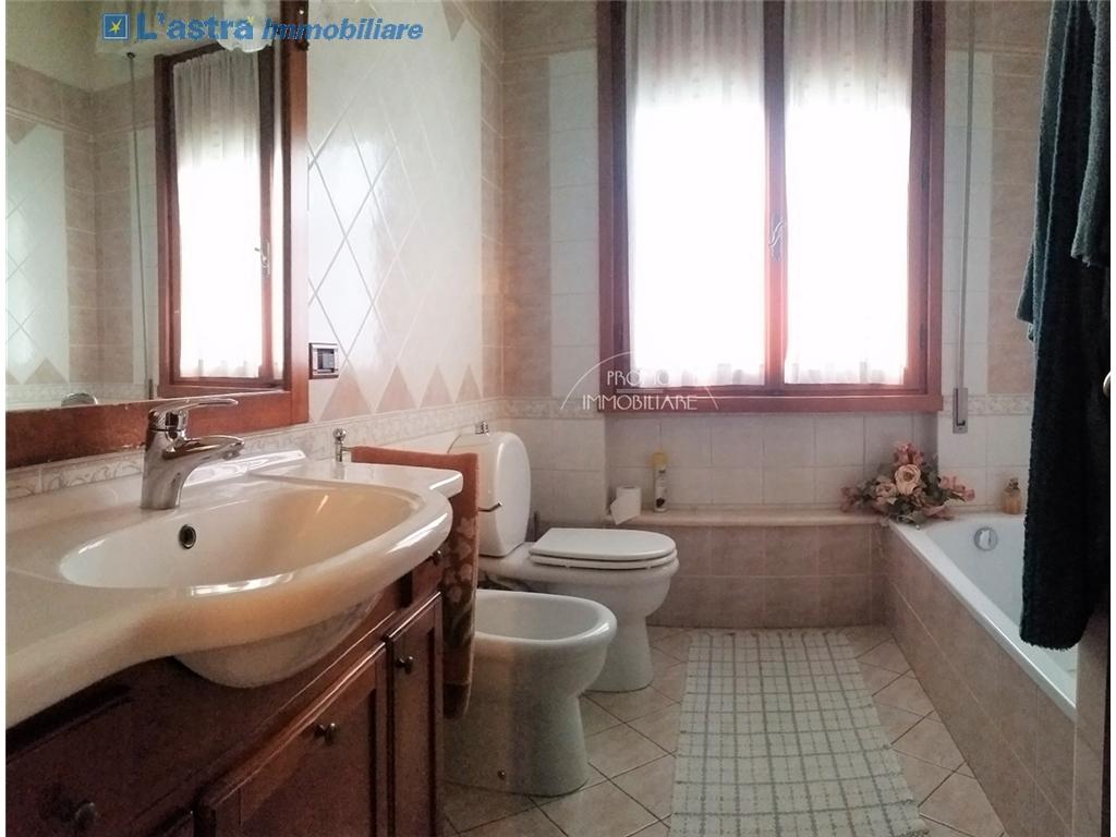 Villa / Villetta / Terratetto in vendita a Campi bisenzio zona San martino - immagine 15