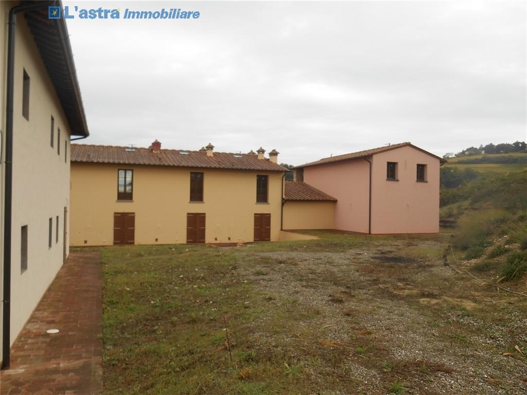 Villa / Villetta / Terratetto in vendita a Montespertoli zona Poppiano - immagine 3
