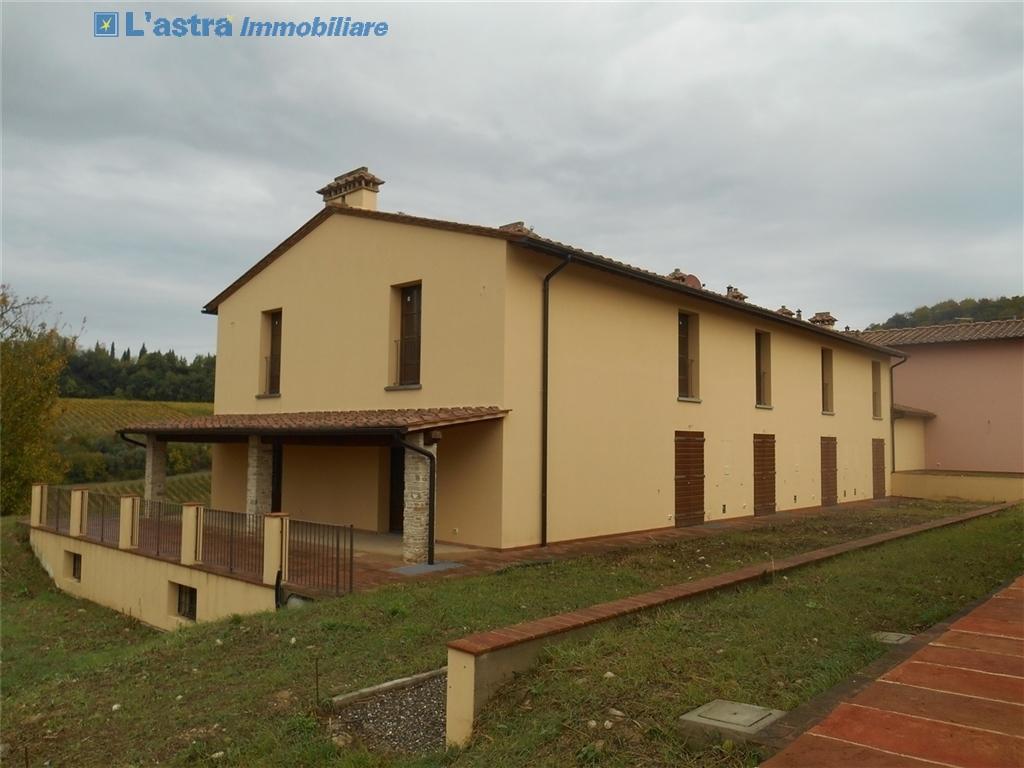 Villa / Villetta / Terratetto in vendita a Montespertoli zona Poppiano - immagine 1