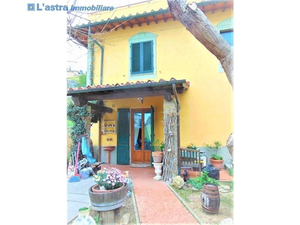 Villa / Villetta / Terratetto in vendita a Lastra a signa zona Santa lucia - immagine 2