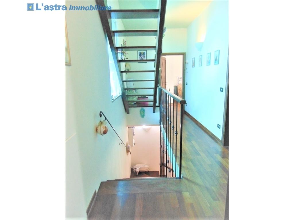 Villa / Villetta / Terratetto in vendita a Lastra a signa zona Santa lucia - immagine 14